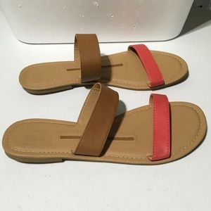 New Directions Catie Leather Slide Sandals